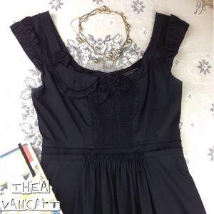 BCBG MAX AZRIA - Little Black 2 Pocket Dress! <3